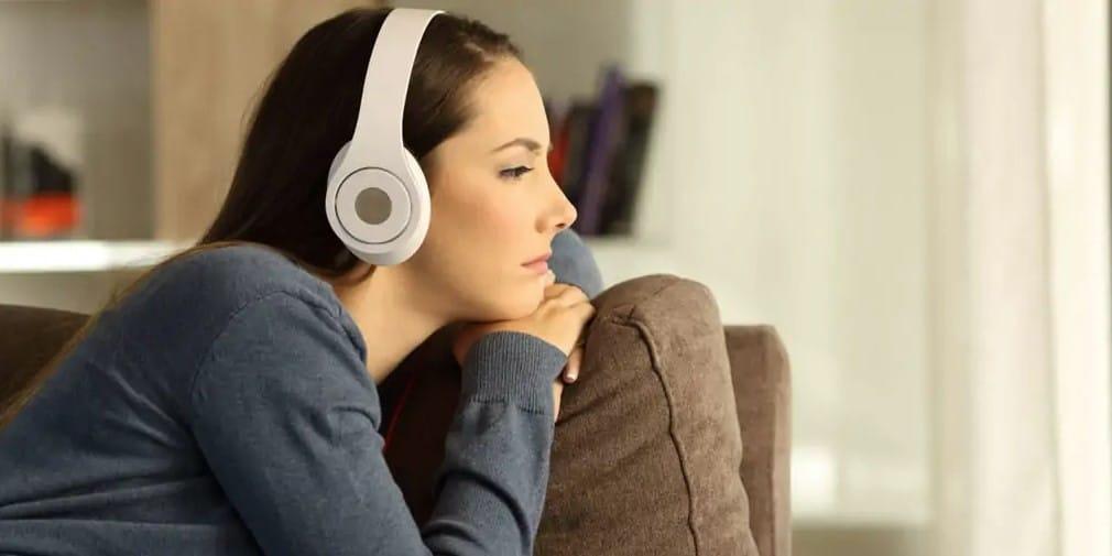 is bluethoot headphones safe